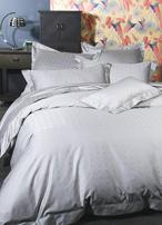 Pure silk comforter