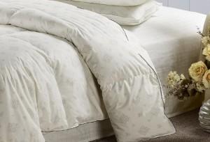 silk comforters