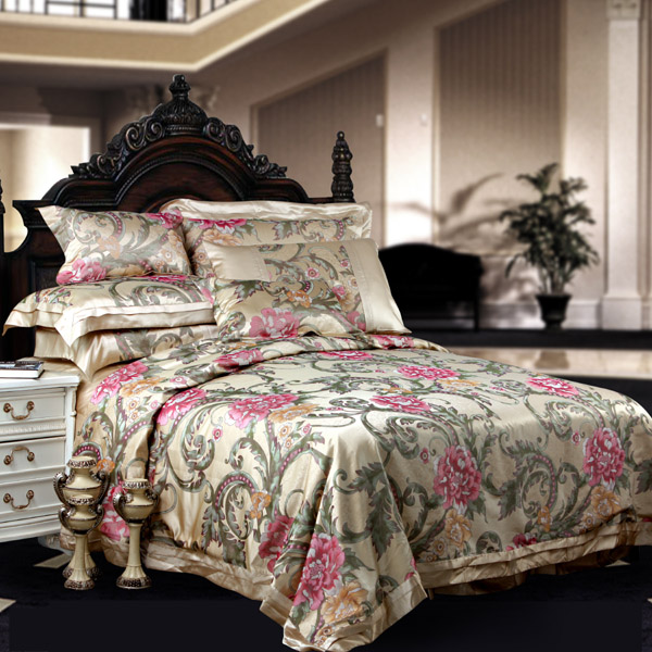8 Pieces Silk Luxury Bedding Sets Set12