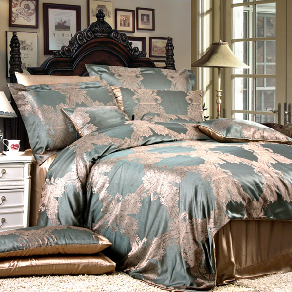 8 Pieces Silk Luxury Bedding Sets Set13